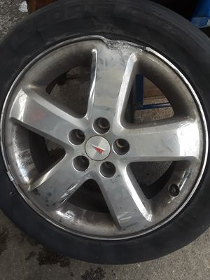 Pontiac G6 Tires 17 in. Replacement Wheel/Rim needed. for Sale in Kent, WA