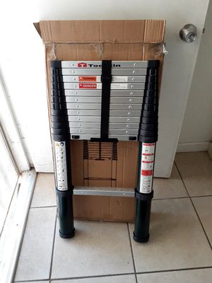 Telescopic ladder toolitin 12.5 ft aluminium holds up to 350 lbs for Sale in City of Industry, CA