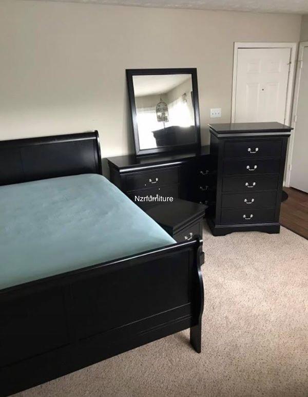 5-PC Black Sleigh Queen Bedroom Set