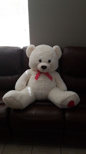 Oversided Stuffed Bear for Sale in North Las Vegas, NV