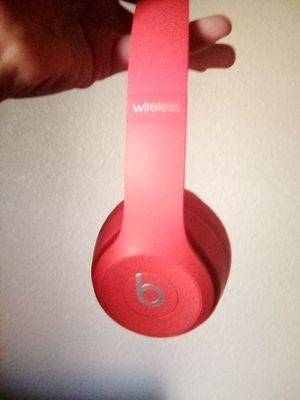 Beats solo 3 wireless for Sale in Visalia, CA
