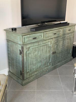TV Sturdy Stand for Sale in Wesley Chapel, FL