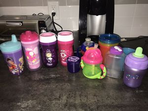 Sippy and straw cups. Baby/ Toddler for Sale in Oakland Park, FL