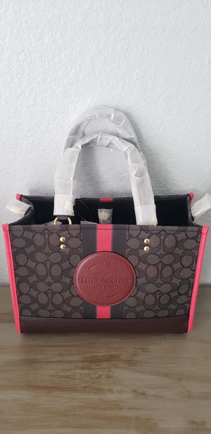 Brand New Coach Purse Carry All for Sale in Pembroke Pines, FL