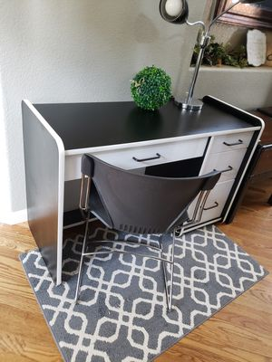 """Play Pace Desk and Chair 47""""×19""""×30"""" for Sale in Arvada, CO"""