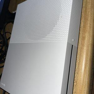 XBOX ONE S 1 TB Console for Sale in Miami, FL