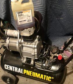 8 Gallon Central Pnumatic Air Compressor for Sale in Littleton,  CO