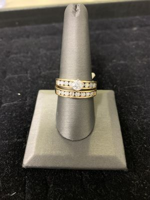 Engagement Ring and Band. NO LOWBALLERS NO TRADES IN-STORE PICK-UP ONLY for Sale in Riverside, IL