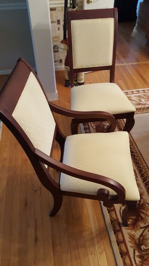 Dining room set- table, leaf, table pad with 6 chairs for Sale in Sully Station, VA