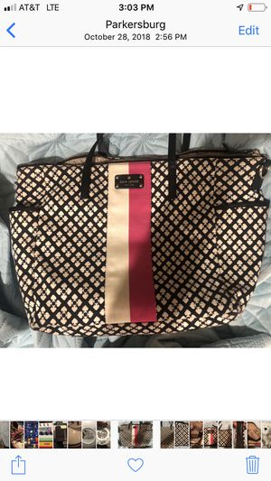 Kate Spade diaper bag diaper bag and matching clutch for Sale in Parkersburg, WV