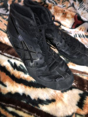 Acics men JB elite wrestling shoes (size 10) for Sale in Sterling, VA