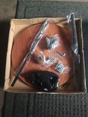 Everlast Speed Bag And Swivel for Sale in Salt Lake City, UT
