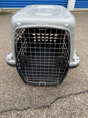 Petmate Navigator travel carrier for Sale in WILOUGHBY HLS, OH