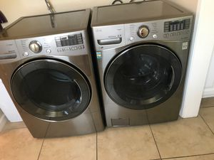 Used LG washer and dryer set for Sale in Anaheim, CA