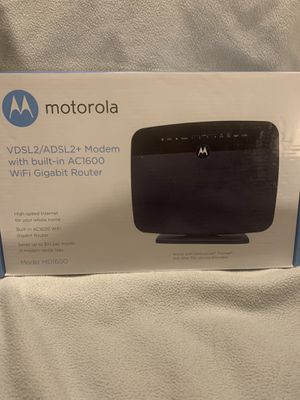 Motorola modem with built in WiFi gigabit router for Sale in Las Vegas, NV