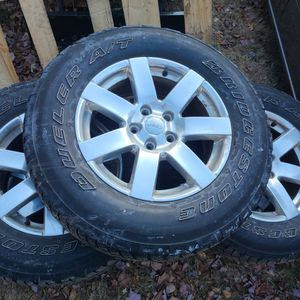 Jeep Wheels 5x114.3 With Good Bridgestone Tires for Sale in Bellingham, MA