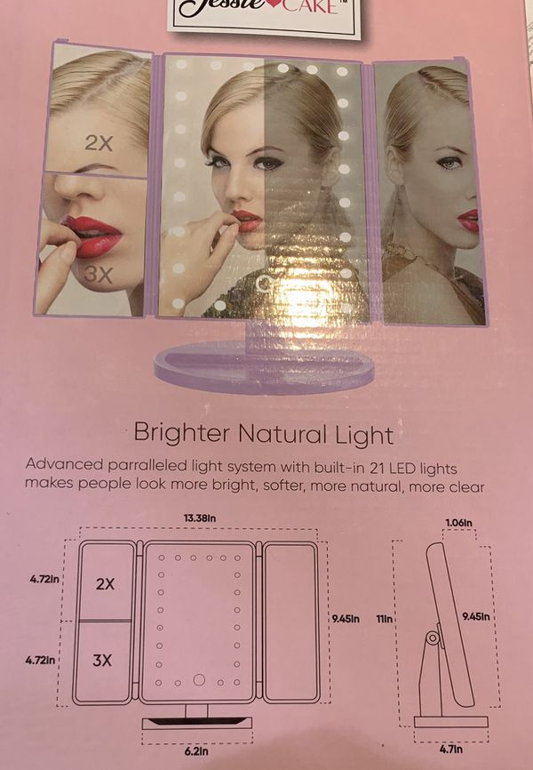 Trifold LED Makeup mirror! Perfect for a Vanity! Super Bright. BRAND NEW
