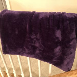 Super Soft Dark Purple Throw 4x5 for Sale in Moseley, VA