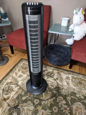 "Sylvania 43"" tower fan with remote for Sale in Seattle, WA"