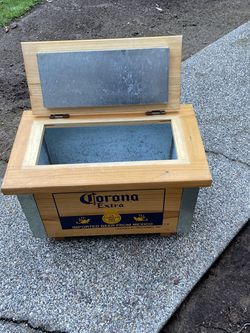 Corona Cooler for Sale in Redmond,  WA