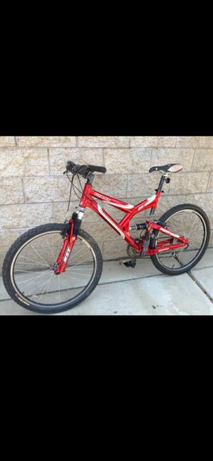 Mountain bike ,,Giant warp full suspension for Sale in Lincoln Acres, CA