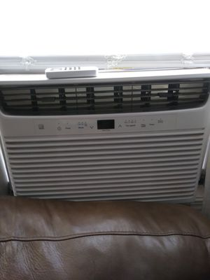 Frigidaire a/c. 12000 cools a large room. Bought mid summer for Sale in Lubbock, TX