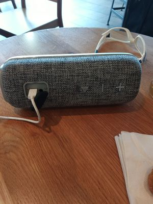 Bluetooth speaker new paid 55 only 25 comes with a charger new spend 15 for Sale in Seattle, WA