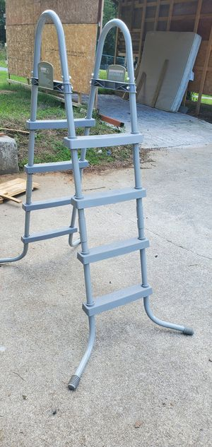 Above ground pool ladder 48in pool-trade for Sale in Knoxville, TN