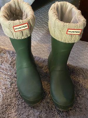 Green Hunter boots w/ beige hunter socks for Sale in Tacoma, WA