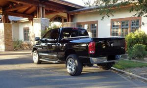 ֆ10OO 4WD DODGE RAM 1500 4WD for Sale in Cleveland, OH