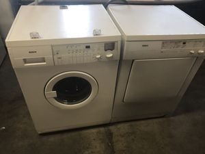 Bosch washer and dryer for Sale in Hawthorne, CA
