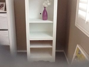 Bookcase or small media unit for Sale in Temecula, CA
