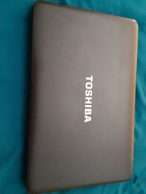 Laptop toshiba for Sale in Miami, FL