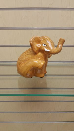 Elephant Figurine ( NEW ) for Sale in Holladay, UT