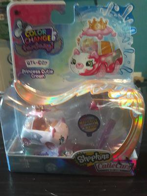 Shopkins princess cutie crown for Sale in Hampton, GA