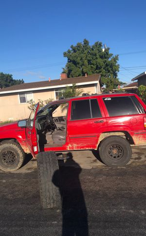 Jeep grand cherokee PARTS for Sale in Anaheim, CA