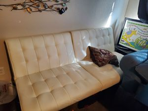 Futon couch for Sale in Fresno, CA