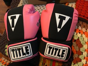 Title Gel Pink Boxing Gloves for Sale in Chino, CA