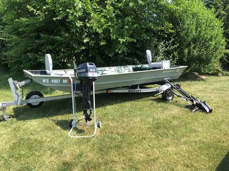 14 Foot Fishing Boat for Sale in Lancaster,  MA