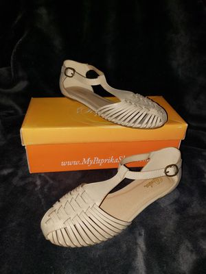 Womens Brand New Beige Huaraches Size 6.5 for Sale in Jurupa Valley, CA