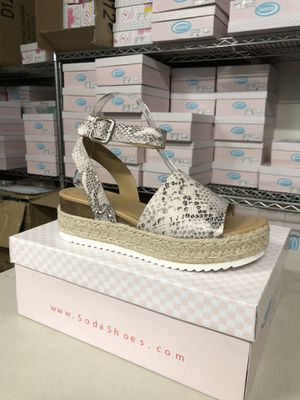 Woman's size 8 topic beige python print ankle strap flatform sandal espadrilles for Sale in Corona, CA