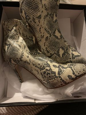 Misguided women's heels size 6 for Sale in Jurupa Valley, CA
