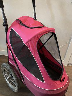 Petique All Terrain Jogger-Blazin' Berry Pet Stroller for Sale in Phoenix,  AZ