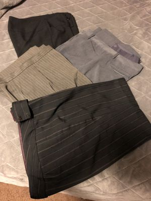 4 PANTS FOR WOMEN . SIZE 9 / 10 for Sale in E RNCHO DMNGZ, CA