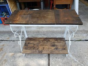 Rustic Console Table for Sale in Humble, TX