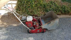 Tru Cut Lawnmower with Self Drive and Catcher for Sale in Dinuba, CA