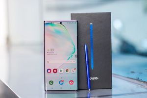 NEW SAMSUNG GALAXY NOTE 10 PLUS 256GB UNLOCKED VERIZON AT&T T-MOBILE C for Sale in Fresno, CA