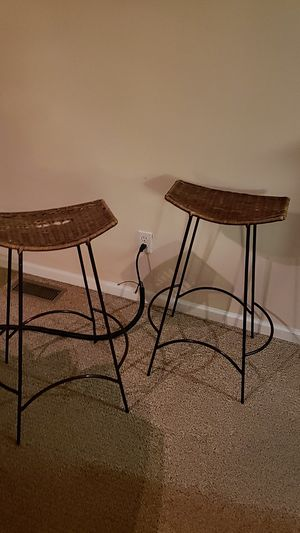 $10 each Bar stools.. Must pick up for Sale in Dearborn, MI
