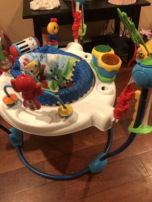 Baby jumper and Grace baby travel crib for Sale in Arlington, TX