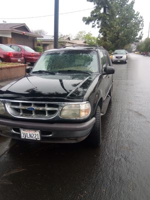 Ford explorer 1998 for Sale in Sylmar, CA